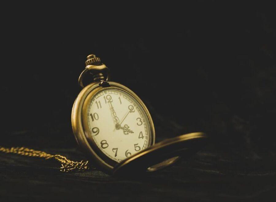 Et billede af et ur