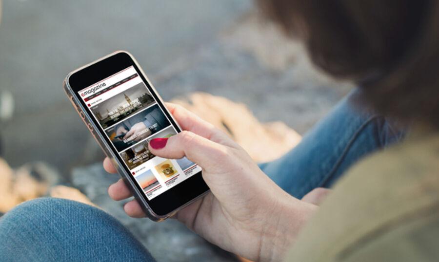 Billede af digitalt magasin på telefon